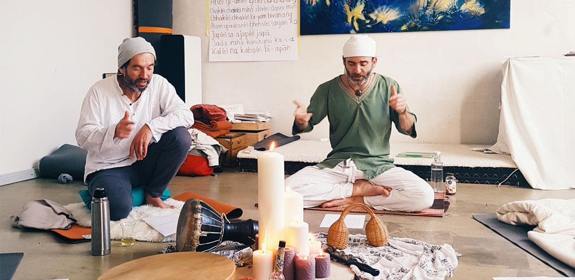 Kundalini Yoga Lehrer Avery Rose Augsburg